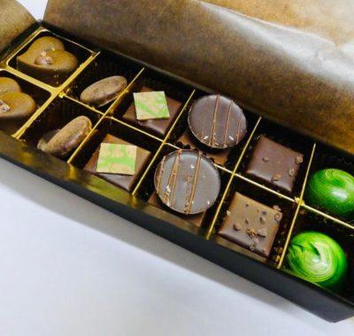 Boite des créations chocolatées ouverte